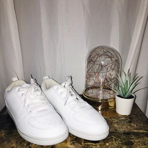 White Lightweight Lace Up Sneakers